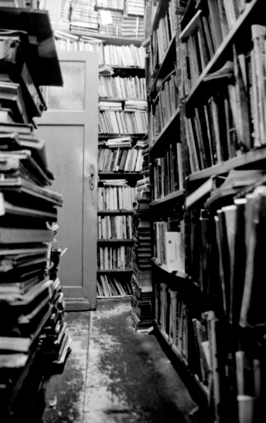 """s/ título (da série """"As Relações da Memória"""") / Fotografia Preto e Branco - / 2007-2008"""